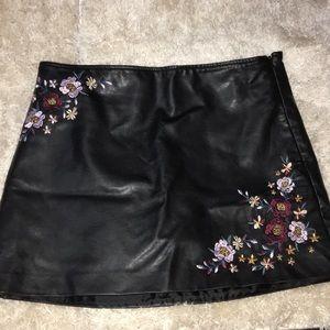 Hippie Laundry Size L Skirt